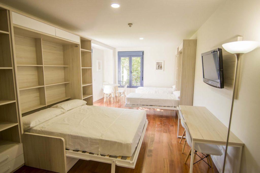 dormitorio apartamento abuardillado